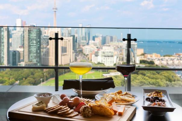 Hotel-rooftop-bars-Hotel-X-1536x1327