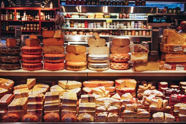 cheese-boutique-st-lawrence-market-1536x1024