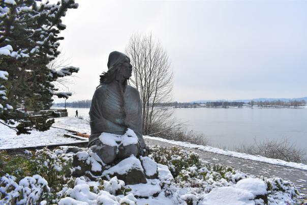 Ilchee statue in snow