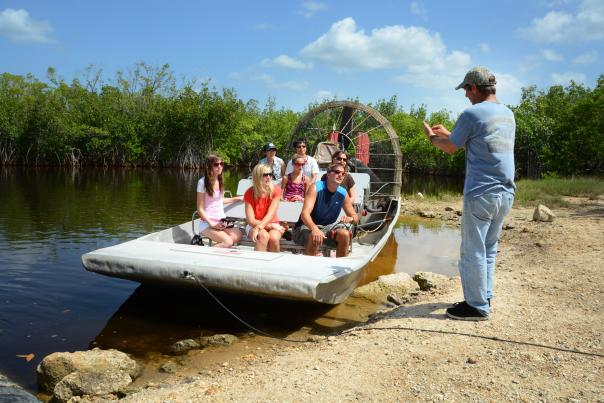 Slide_Show_Experience_Everglades_aboard_an_airboat_picture.jpg