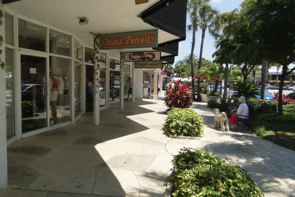 Scoop up treasures in St. Armand's Circle on Lido Key.
