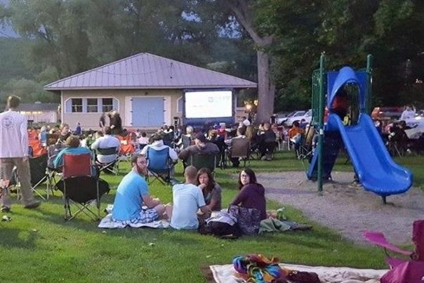 movies-on-the-lake