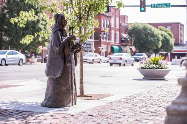 Carrie Nation Statue