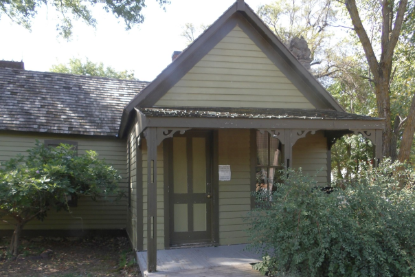 Cowtown_Hodge House