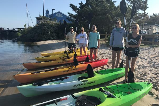 Family renting kayaks in Carolina Beach NC