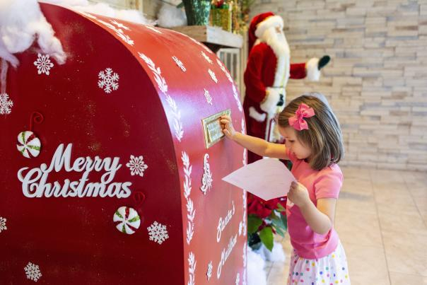 The Woodlands Resort - Santa's Mailbox