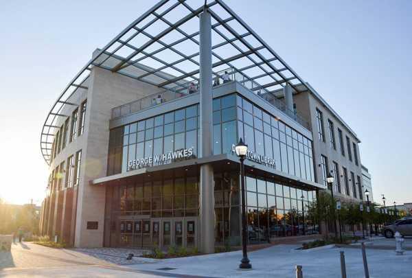 exterior of Arlington Public Library downtown location