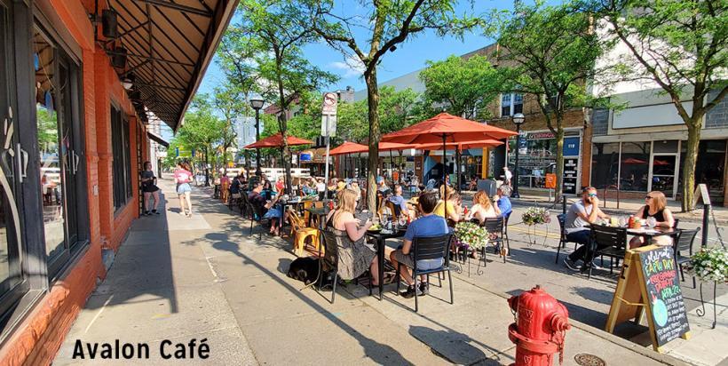 Avalon Café outdoor patio