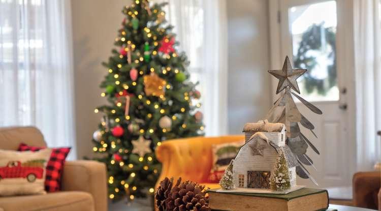 Bed & Breakfast at Christmas Season