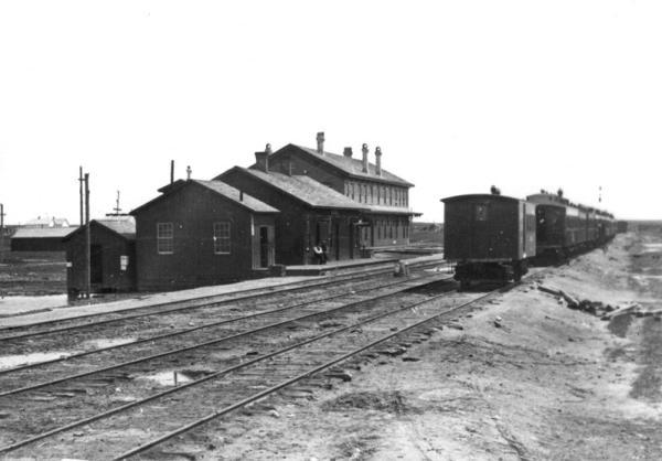 Original depot and hotel in Cheyenne, Wyoming c.1868