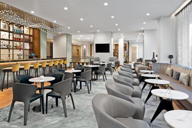AC-Hotel-New-York-Downtown_Lounge_3000x2000.jpg
