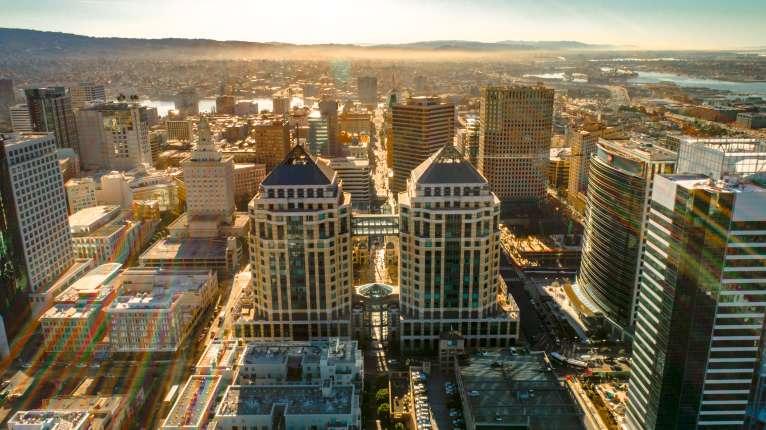 Oakland Neighborhoods | Downtown Oakland, Lake Merritt & More