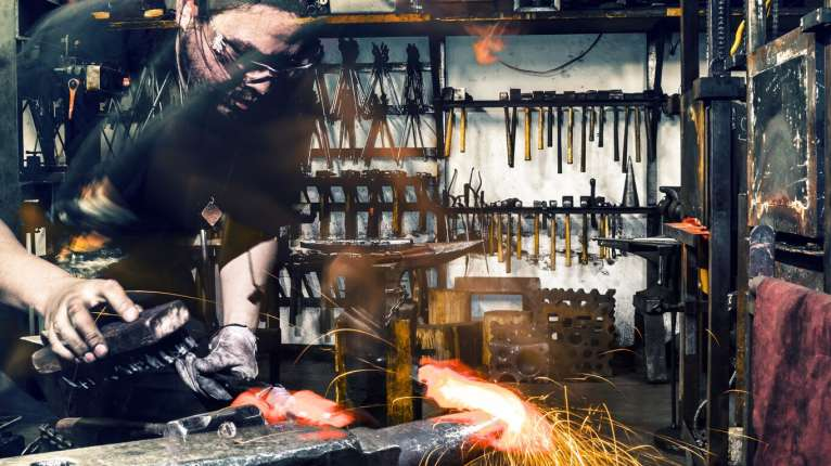 crucible blacksmithing