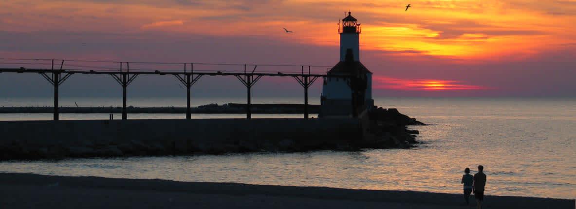 Michigan-City-Lighthouse-Lake-Michigan-South-Shore-Things-to-Do