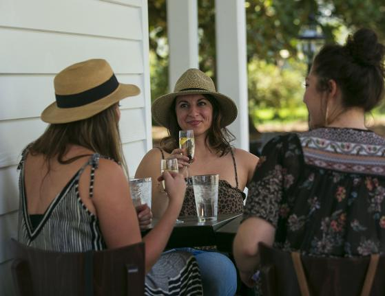 Friends at the Historic Colonial Inn, Hillsborough