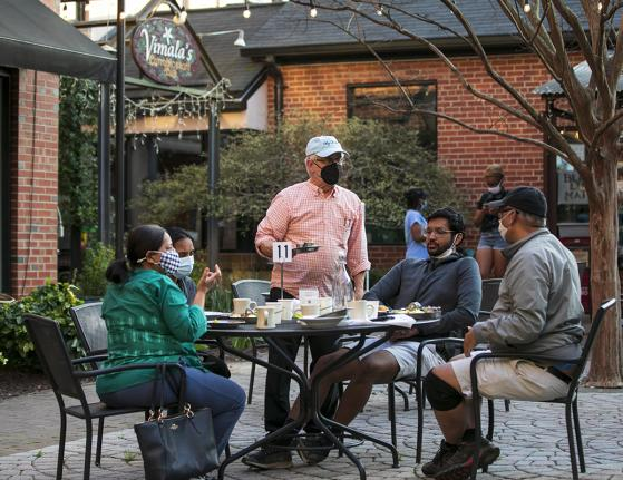 Outdoor Dining at Vimala's in the Courtyard