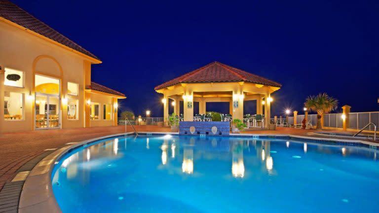 La Quinta Inn pool