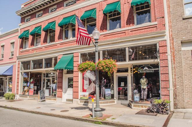 Walkabout Outfitter - Roanoke, VA