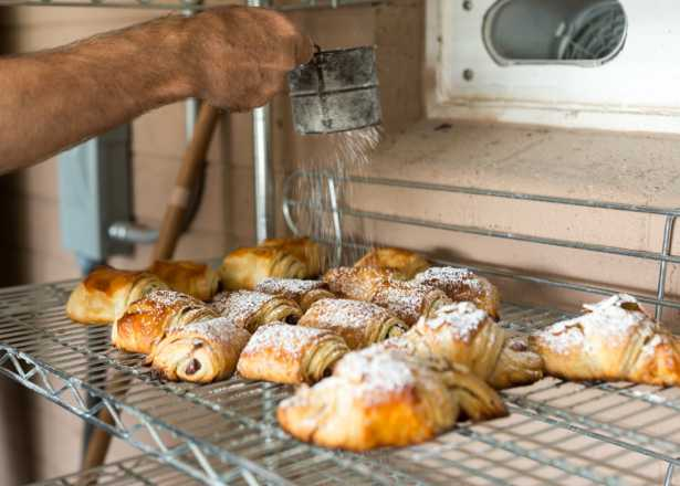 9 Phoenix Bakeries For Perfect Pastries Other Treats