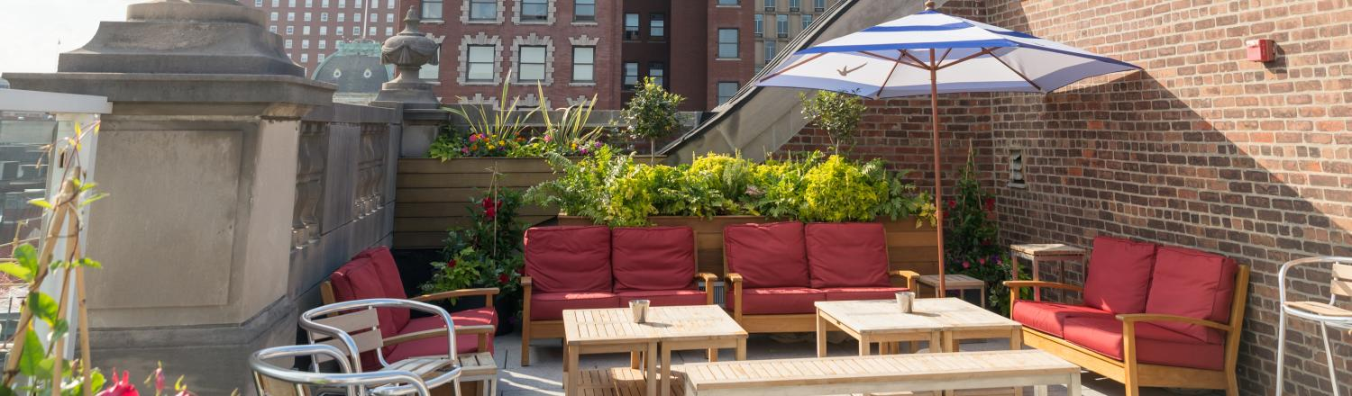 Discover Restaurants With Outdoor Dining Near Providence Ri