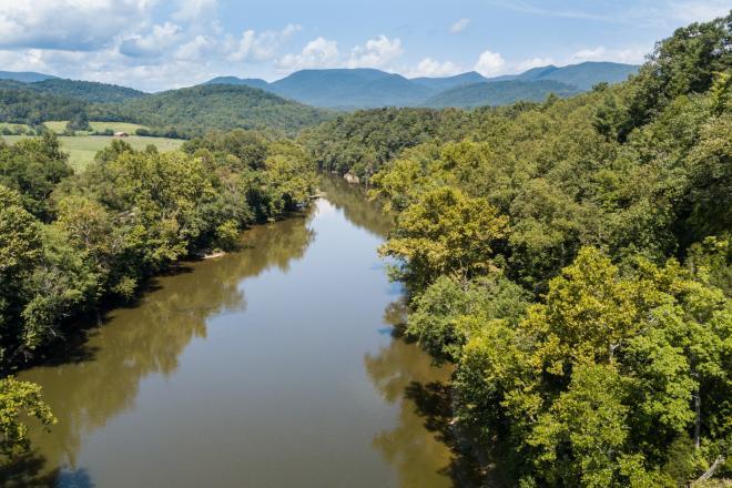 Upper James River Water Trail - Blue Ridge Mountains