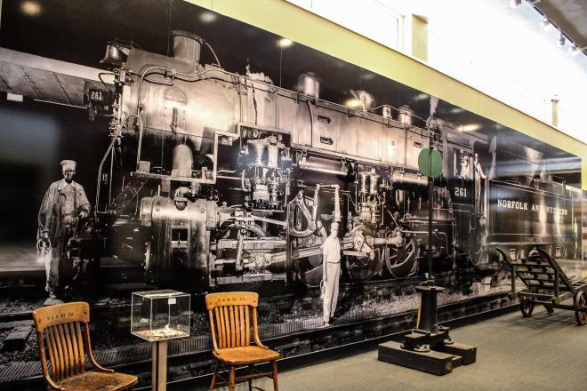 O Winston Link Museum - Downtown Roanoke