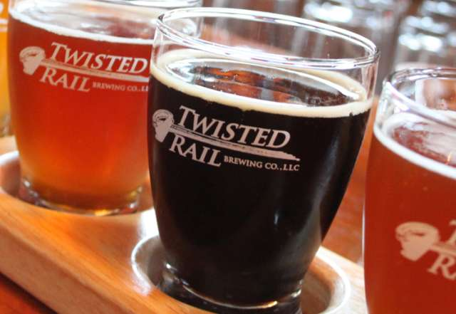 twisted-rail-brewing-company-beer-flight