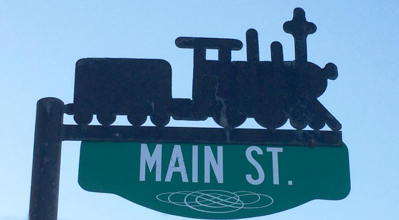 Minnedosa street sign