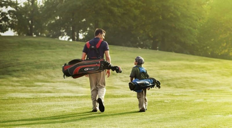 Minneapolis Northwest features a variety of golf opportunities, from the lush scenery at Championship courses like Rush Creek Golf Club and Edinburgh USA, to mini golf, FootGolf, FlingGolf and disc golf.
