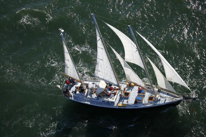 The Liberte Schooner sails in Annapolis.
