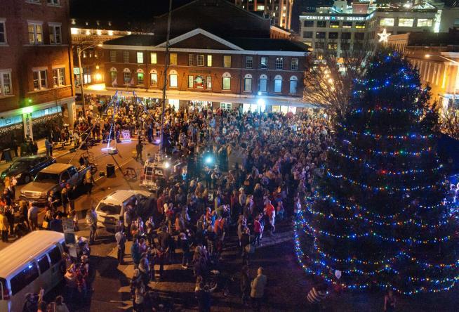 Salem Va Christmas Parade 2019 2018 Holiday Events in Virginia's Blue Ridge   Roanoke, VA