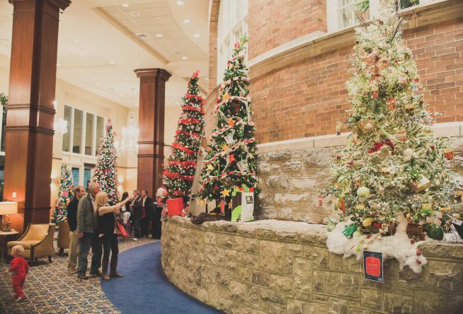 Holiday Events in Roanoke Va | Festivals, Parades, Tree Lighting