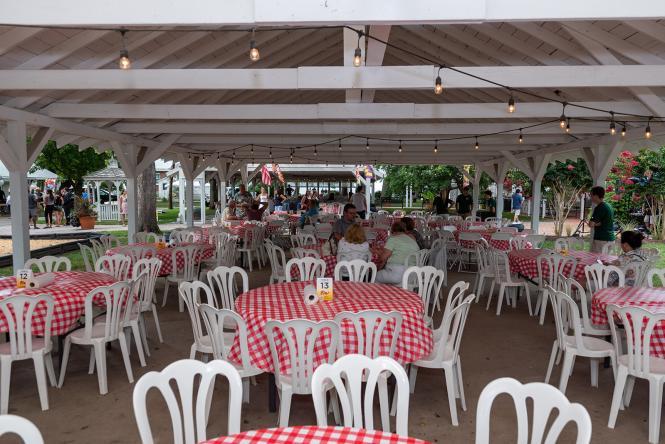 Kurtz Beach pavilion set up for a picnic.