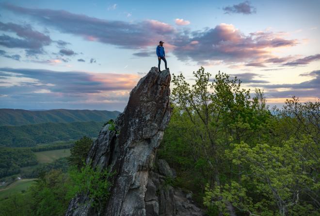 Dragon's Tooth Hiking Trail - Roanoke, Virginia