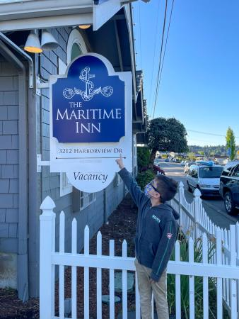 Marcie in Mommyland at Maritime Inn in Gig Harbor
