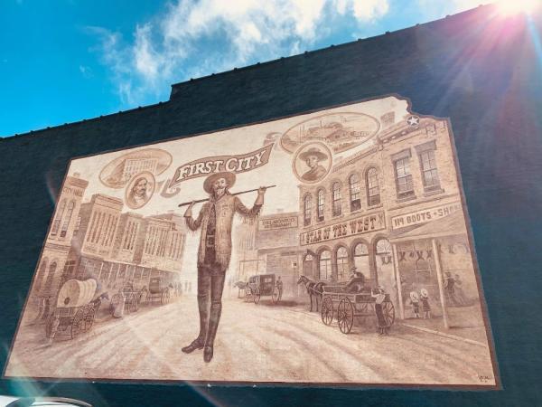 Leavenworth First City Mural