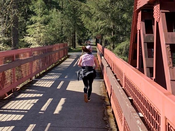 Cottage Grove Half Marathon Runners