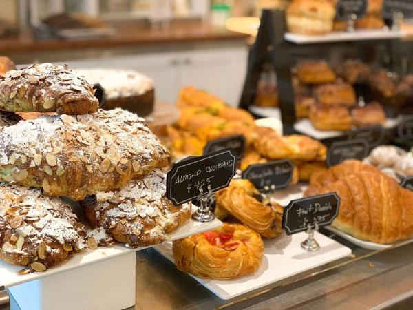 Almond croissants and Danish pastries at Le Paris Artisan & Gourmet Café in Napa