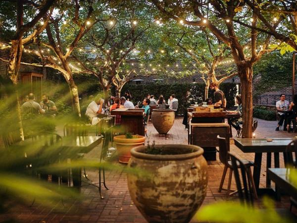 The Charter Oak Patio Dining