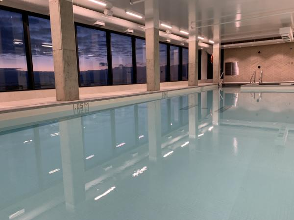 Dakota Dunes Resort rooftop pool