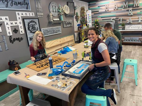 DIY Home Decor Projects at Hammer & Stain Covington