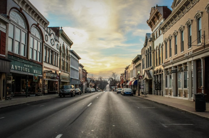 Downtown Shelbyville Main Street