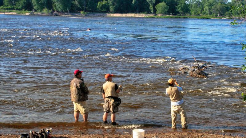 coon_rapids_dam_regional_park_fishing