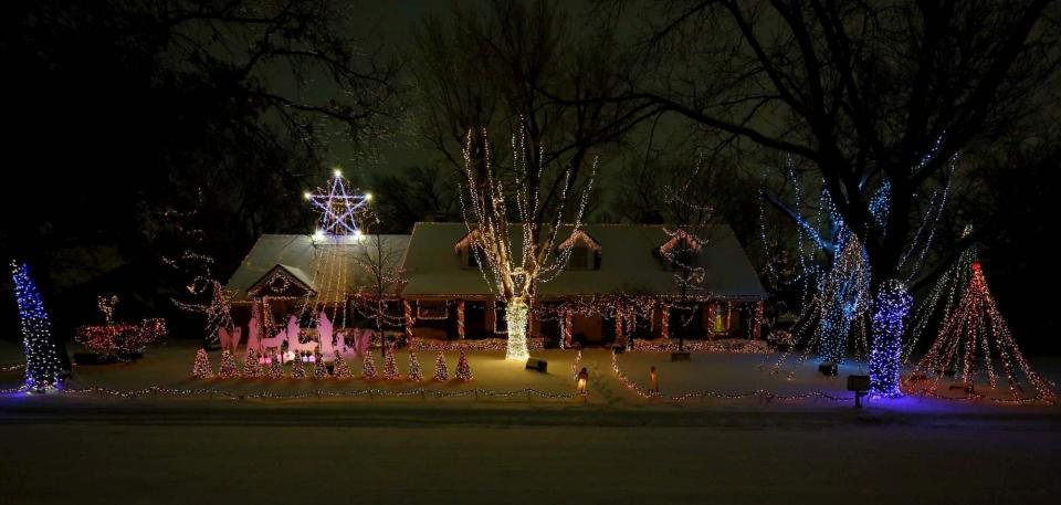 Marshall Family Lights 2020