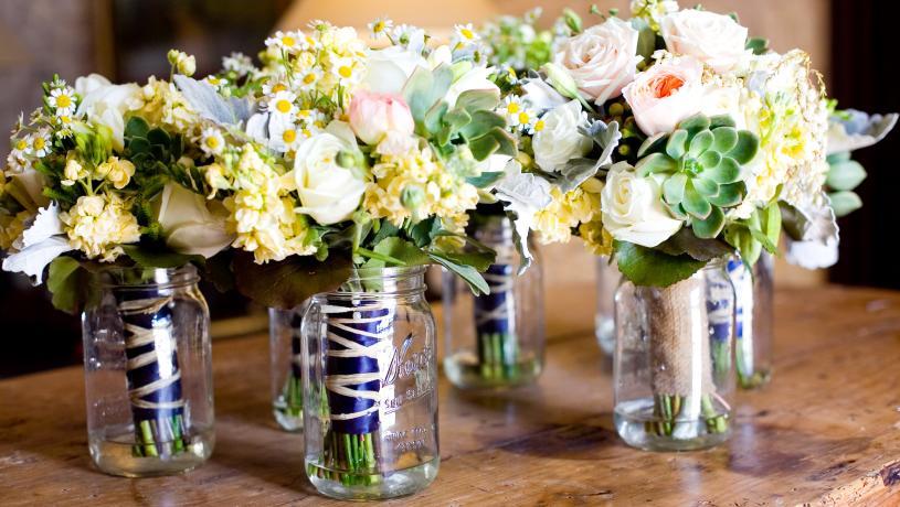 Flower in Vases Floral Arrangment