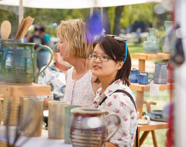 Amish-Acres-Arts-and-Crafts-Festival-Nappanee-01
