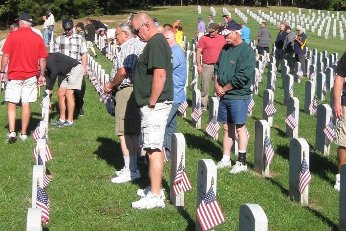 veterans visiting the Quantico Cemetery
