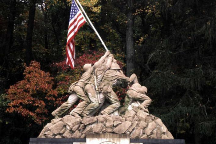 Statue of Marines putting up an American Flag