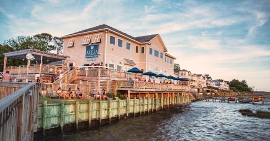 aqua waterfront duck dining restaurant