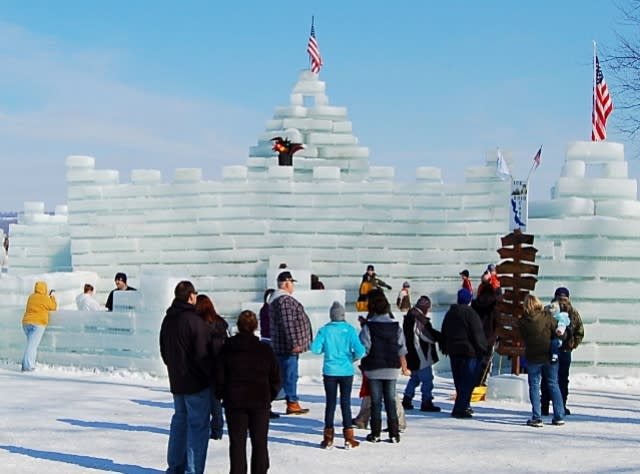 Medina Ice Festival 2020.New York Festivals And Annual Events Things To Do In New York